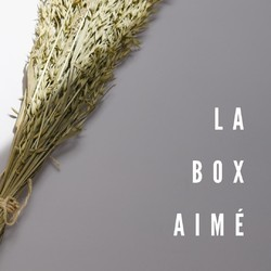 "La box Aimé est la box ""maille"" Lililotte composée des mailles incontournables Lililotte 🧡⁠ .⁠ The Aime box is the Lililotte ""mesh"" box made up of the essential Lililotte's mesh 🧡⁠ .⁠ #box #bebe #locationvetements #moderesponsable #cotonbio #tenuesbebe #modeenfant #boxlocation #boxvetements #baby #box #clothingrental #sustainablefashion #organiccotton #babyoutfit #kidsfashion #rentalbox #clothingbox"